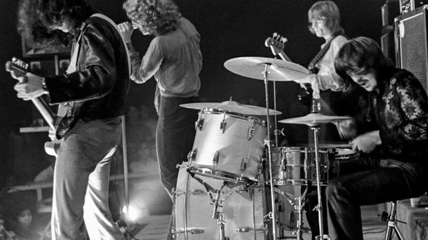New book features rare photos of Led Zeppelin