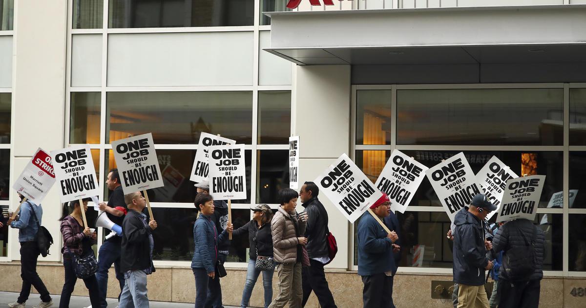 Marriott hotel strike leads to mass employee walkouts - CBS News
