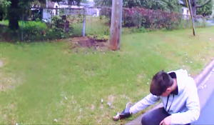 """He's giving CPR to a squirrel"": Officers witness remarkable rescue"