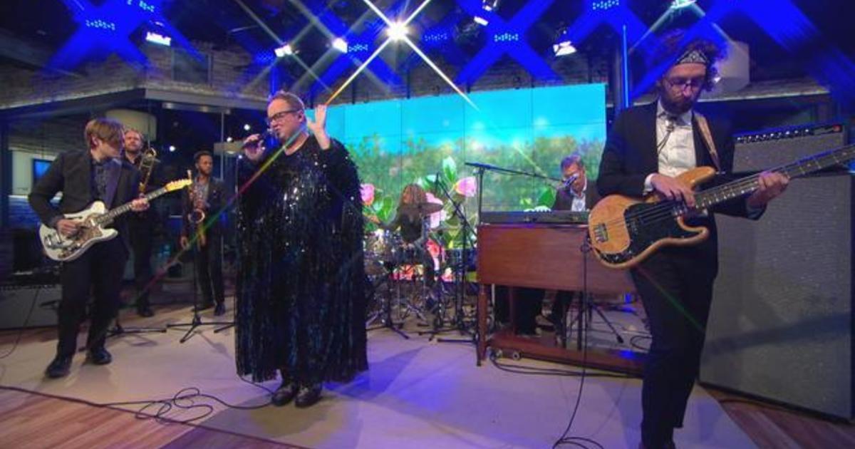 "Saturday Sessions: St. Paul & The Broken Bones performs ""Got It Bad"""