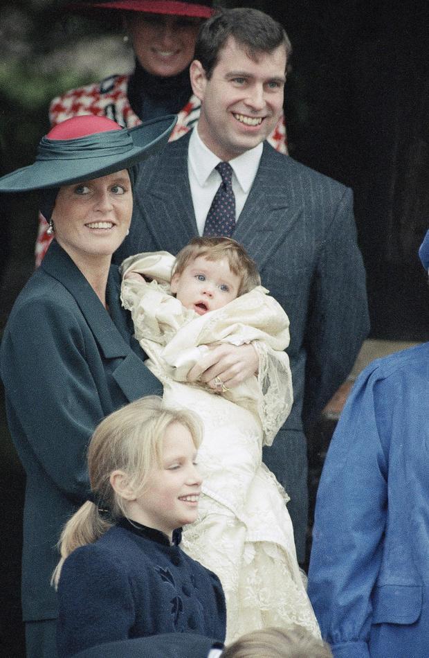 Britis Royalty Prince Andrew  Princess Sarah Princess Eugenie Victoria  Helena