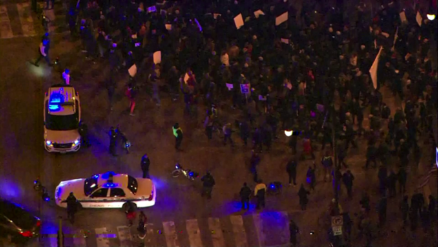 181108-protests-chicago-02.png