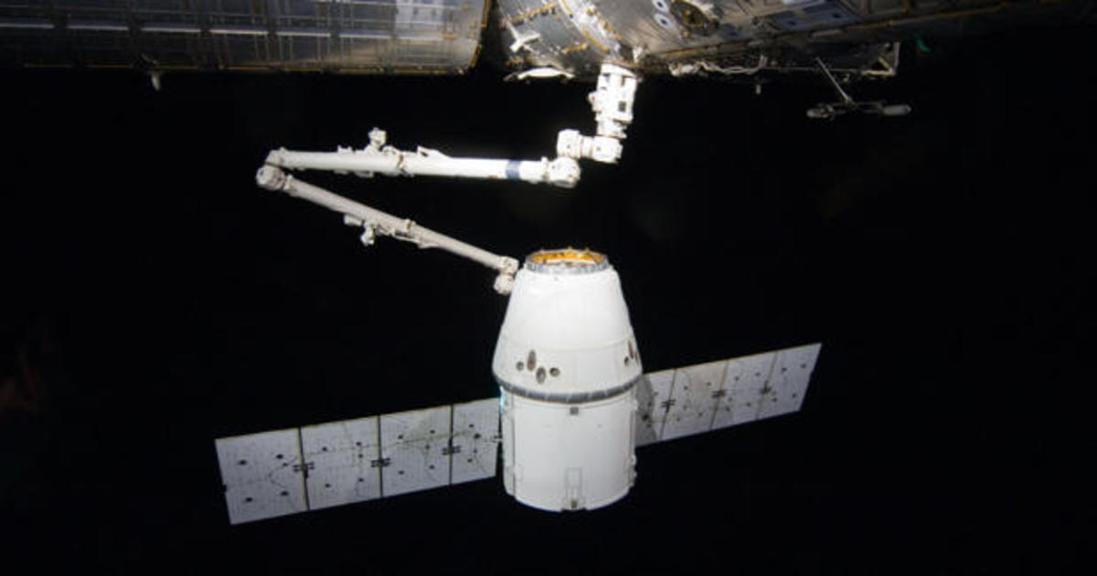 SpaceX cargo ship delivery to space station includes fresh fruit and candied yams