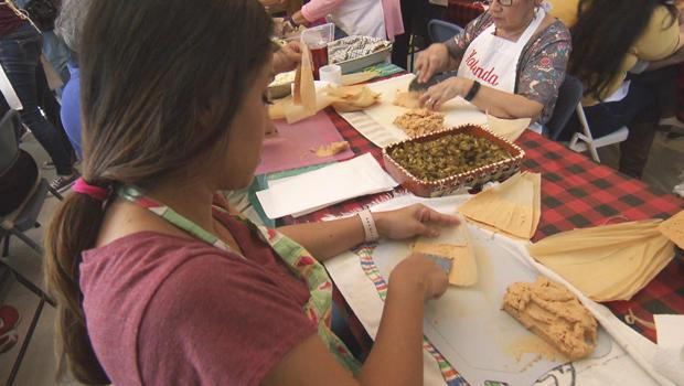 making-tamales-at-ruiz-tamalada-620.jpg