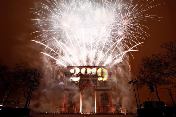 paris-new-years-2018-12-31t233021z.jpg