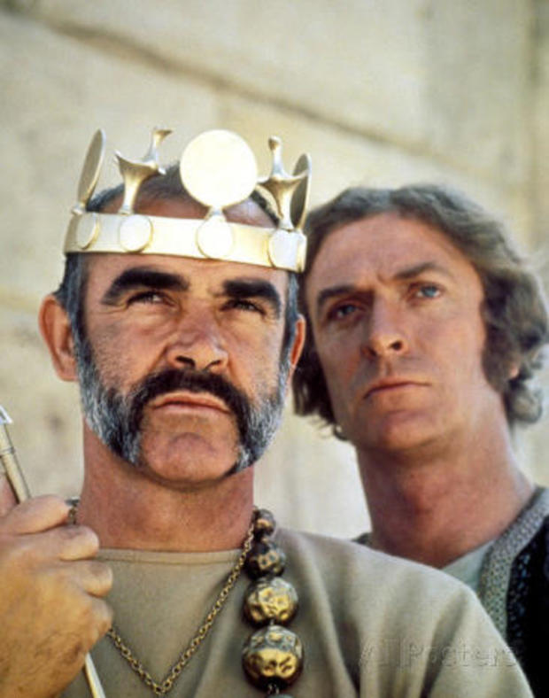 the-man-who-would-be-king-sean-connery-michael-caine-allied-artists-465.jpg