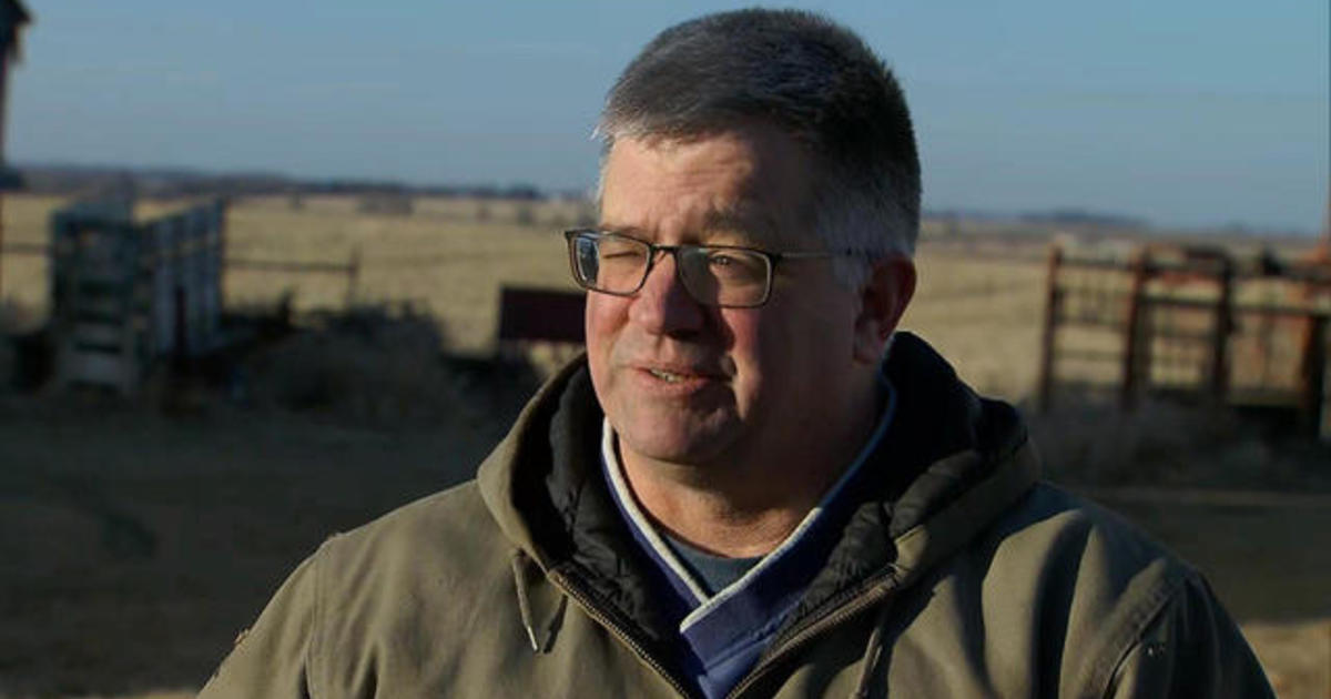 "Iowa soybean farmer on shutdown: ""It's not worth putting up the wall to put us in this situation"""
