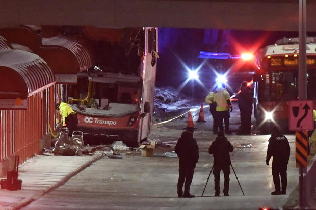 3 dead, multiple injuries following bus crash in Ottawa