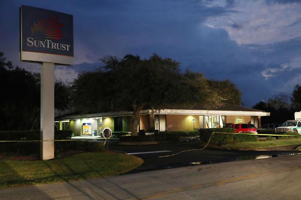 Five Killed After Gunman Opens Fire Inside A Florida Bank