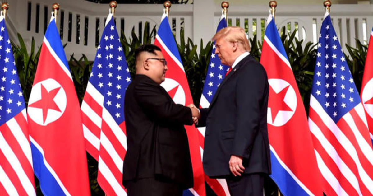 c7bcf11c997 Trump on intelligence chiefs  President Donald Trump suggests