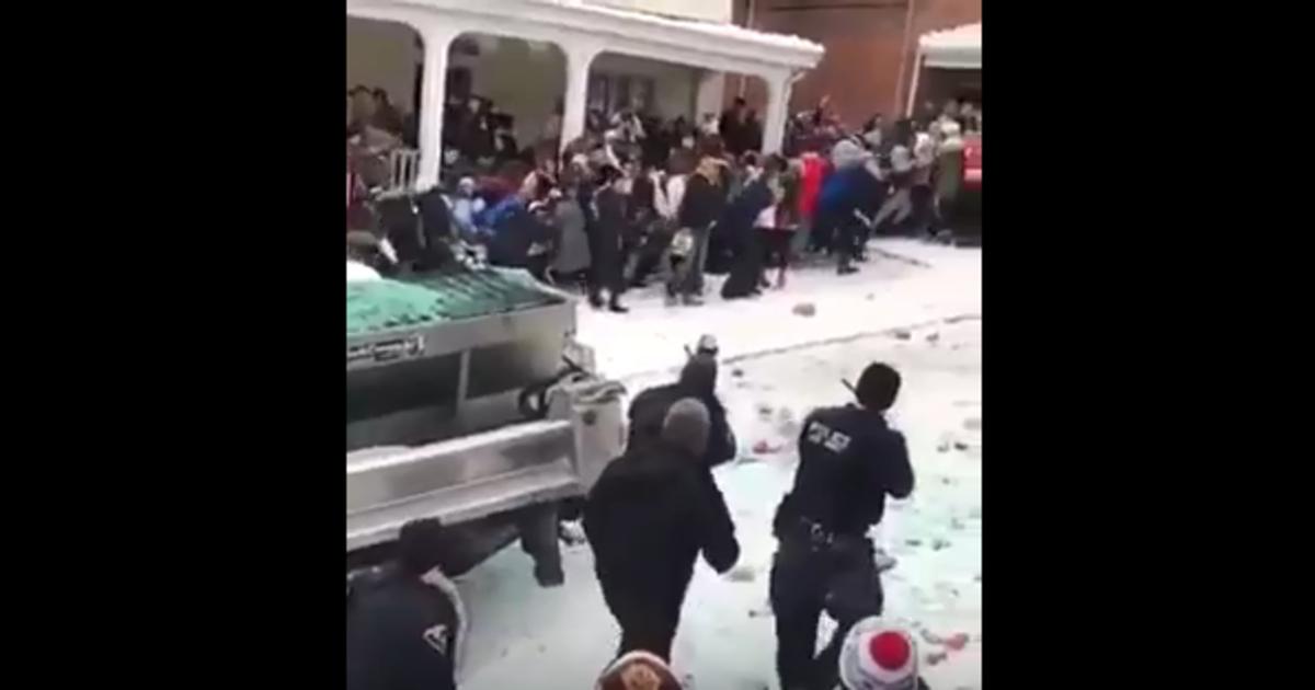 West Virginia University Address >> Police Break Up Riot Near West Virginia University That