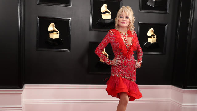 Dolly Parton — 61st Grammy Awards