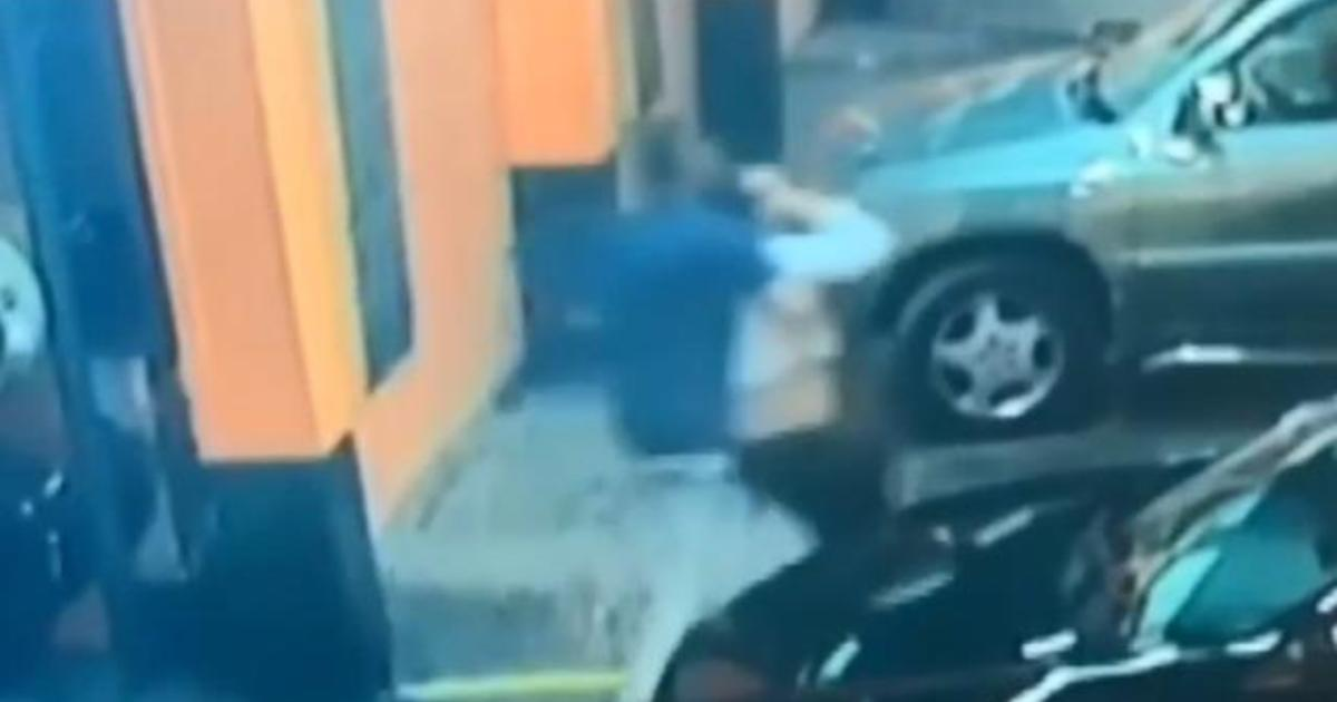 Video shows woman's abduction from Miami tire shop
