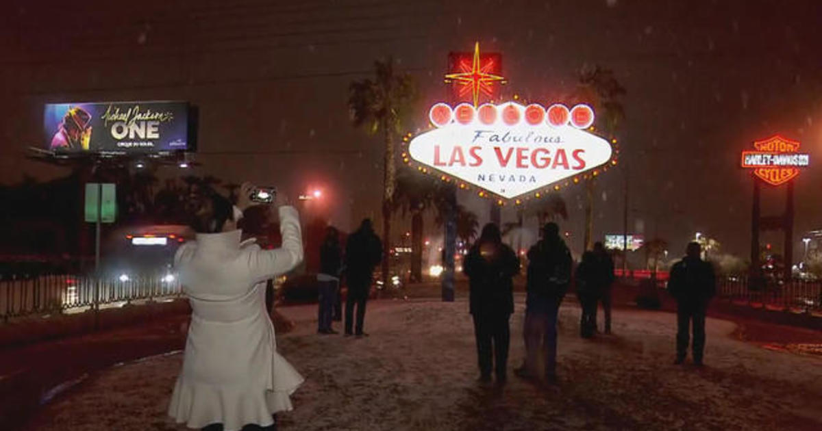 Snowing in Las Vegas: Las Vegas hit with first measurable amount of snow in a decade - CBS News