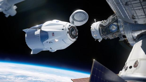 NASA, SpaceX OK 1st test flight of crew capsule next week