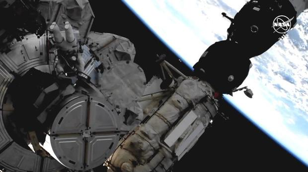Spacewalk today: Two NASA astronauts venturing outside International Space Station - live updates - CBS News