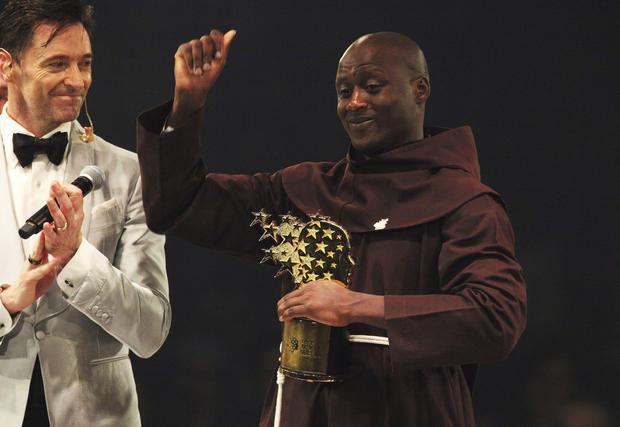 Kenyan teacher Peter Tabichi wins Global Teacher Prize after giving