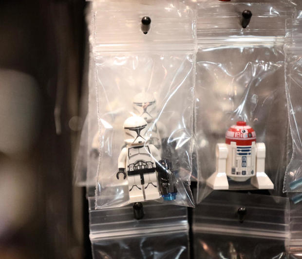 star-wars-celebration-2019-jake-barlow-day-one-smallest-toys.jpg