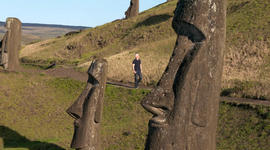 Why did people stop building statues on Easter Island?