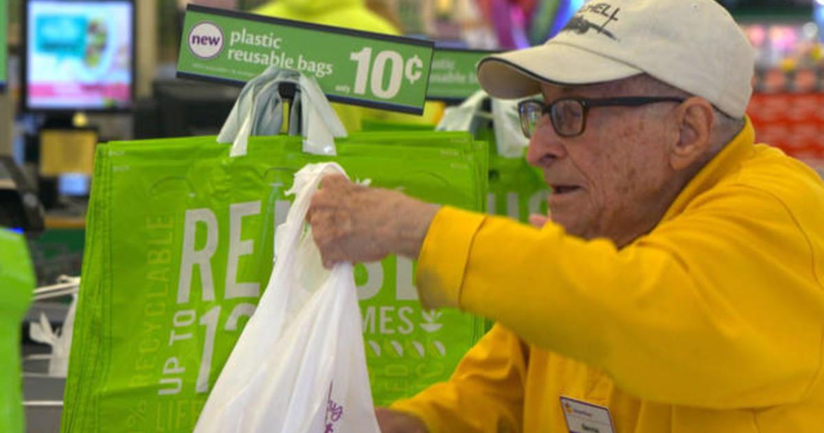 97 Year Old Veteran Still Hard At Work Bagging Groceries