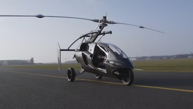 flying-cars-pal-v-on-the-runway-620.jpg