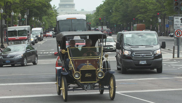 jay-leno-and-ted-koppel-in-a-model-t-in-dc-wide-620.jpg