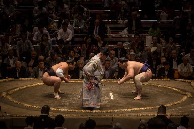 A Day At Grand Sumo