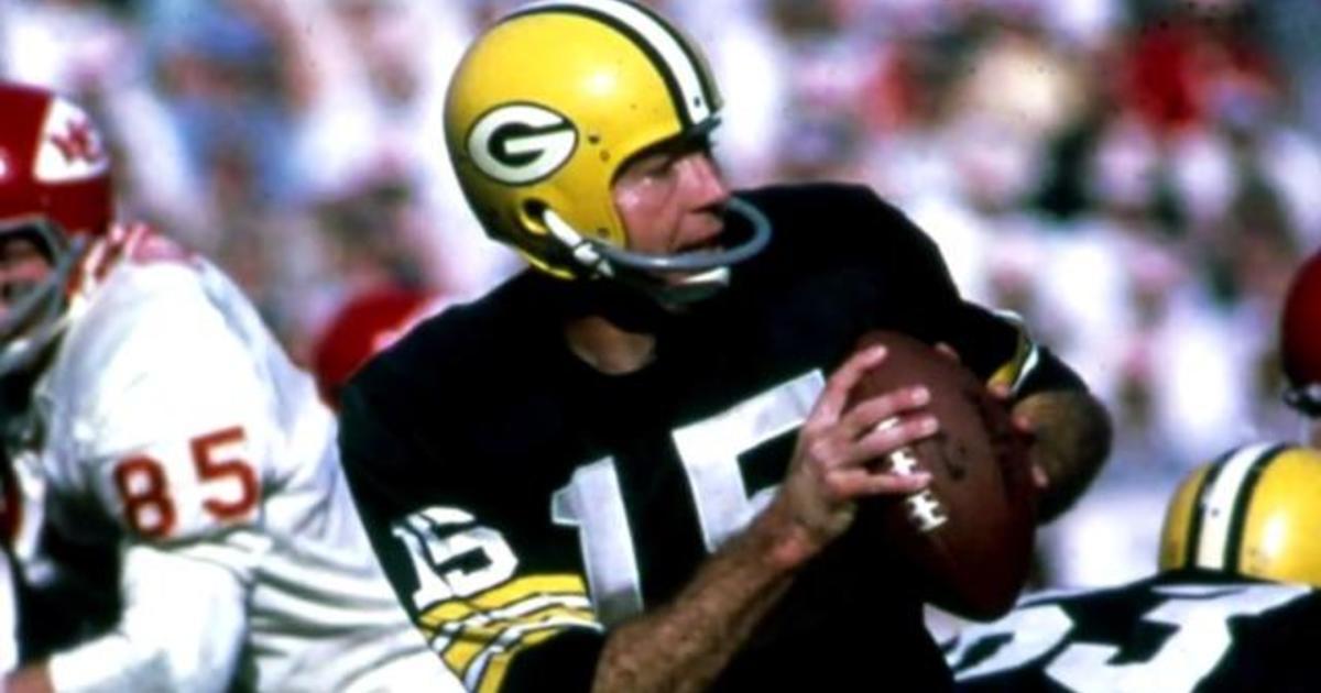 Legendary Green Bay Packers Quarterback Bart Starr Dies At