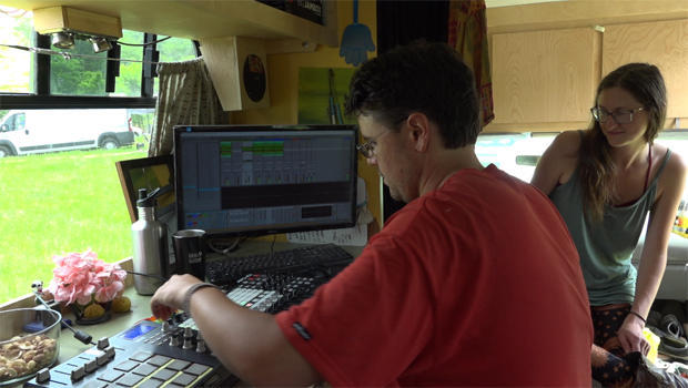 van-life-music-studio-620.jpg