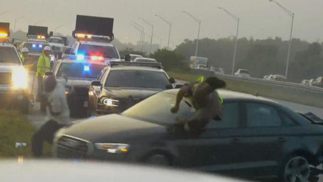 Florida Highway Patrol Traffic >> Distracted Drivers An Increasing Threat To First Responders Cbs News