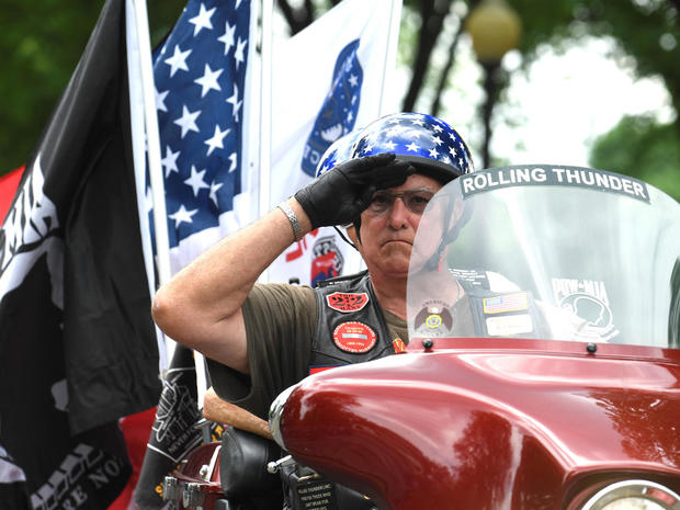 Bikers ride in 32nd Annual Rolling Thunder in Washington