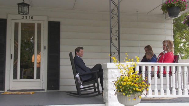andrew-rannells-at-his-childhood-home-in-omaha-620.jpg