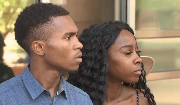 Phoenix couple who say police drew guns on them want officers fired