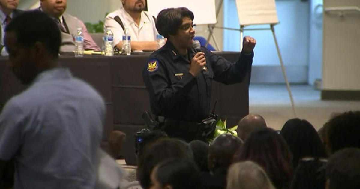 Phoenix residents unleash their anger on police during