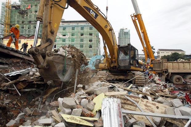 APTOPIX Cambodia Building Collapse