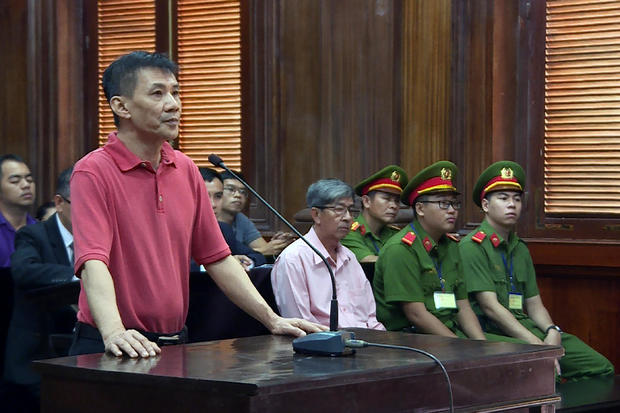 VIETNAM-US-TRIAL-DISSENT-COURT