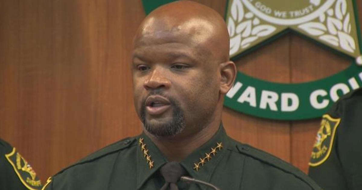 2 more Broward sheriff's deputies fired over Parkland shooting