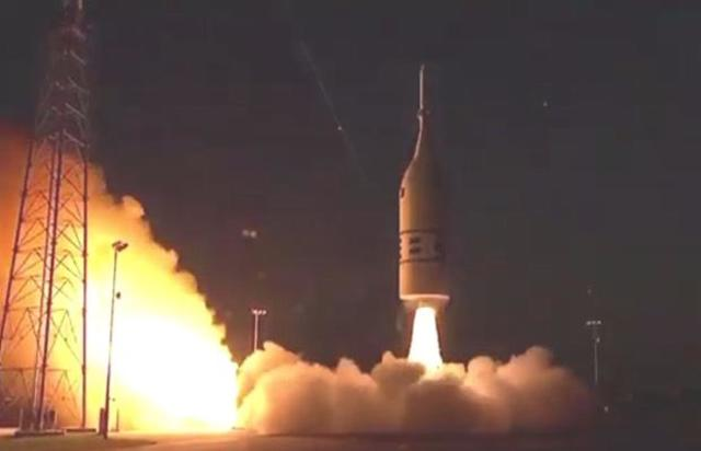 070219-aa2-launch1.jpg