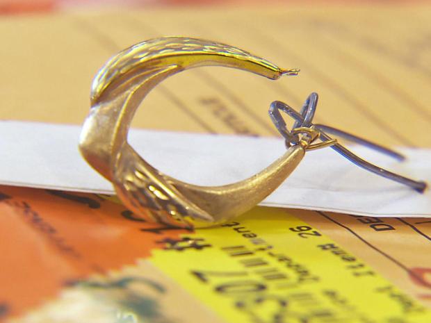 ncis-samira-earring.jpg