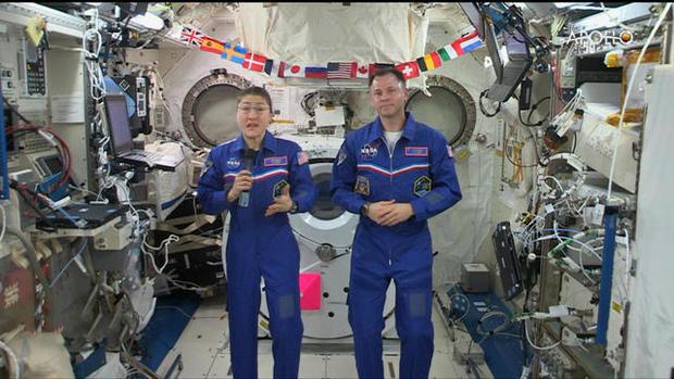 0716-ctm-issastronauts-hague-1892112-640x360.jpg