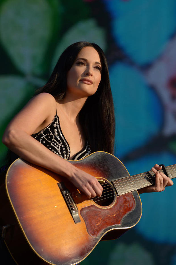 lollapalooza-ed-spinelli-day-4-kacey-musgraves-2392.jpg