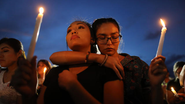 El Paso mass shooting candlelight vigil