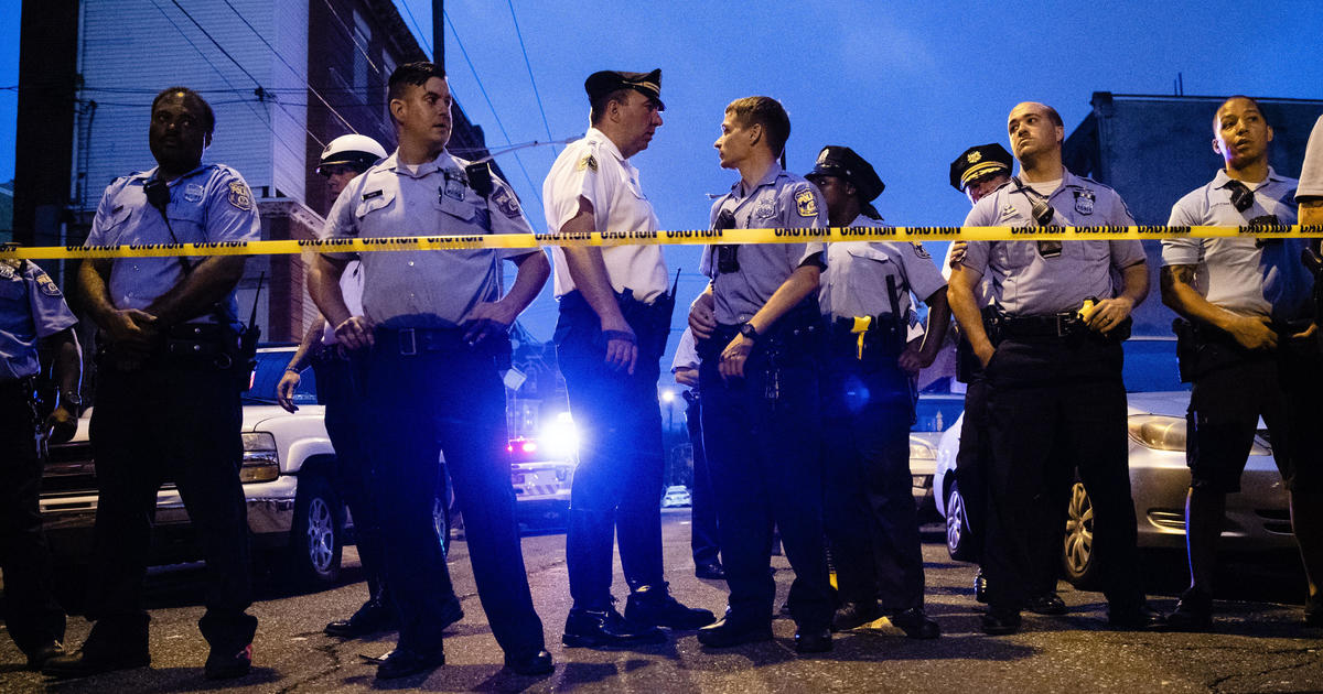 Philadelphia shooting: Live coverage as 6 police officers shot in ongoing standoff in Nicetown neighborhood with suspect who apparently used Facebook live stream today - live updates - CBS News
