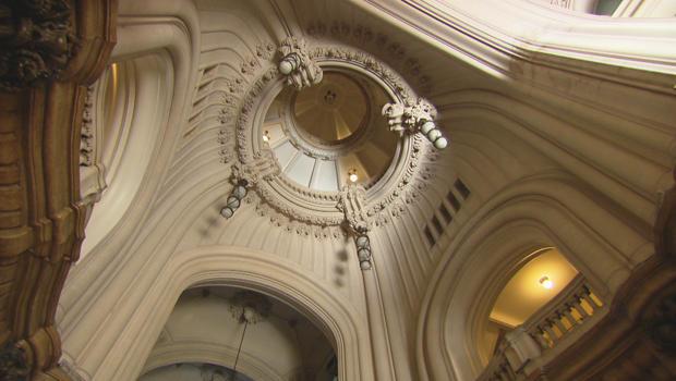 buenos-aires-argentina-palacio-barolo-designed-by-italian-architect-mario-palanti-620.jpg