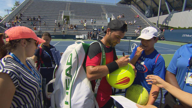 tennis-player-noah-rubin-signs-autographs-at-us-open-620.jpg