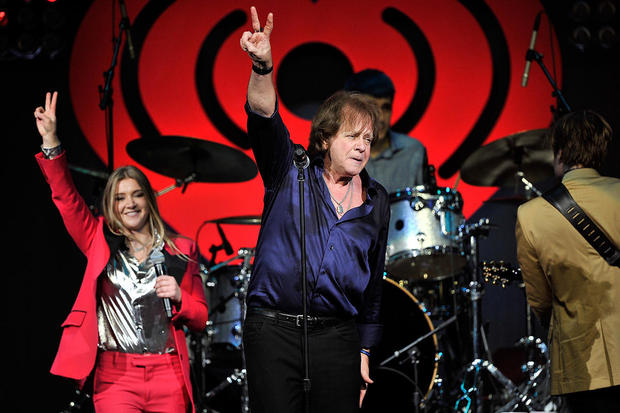 "Eddie Money: ""Two Tickets to Paradise"" singer announces he has stage 4 esophageal cancer"