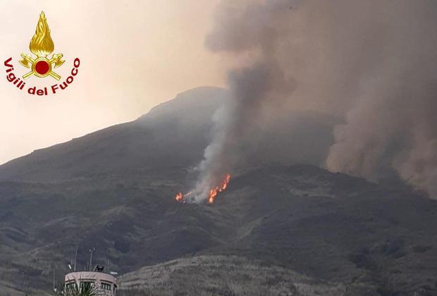 Stromboli volcano eruption today