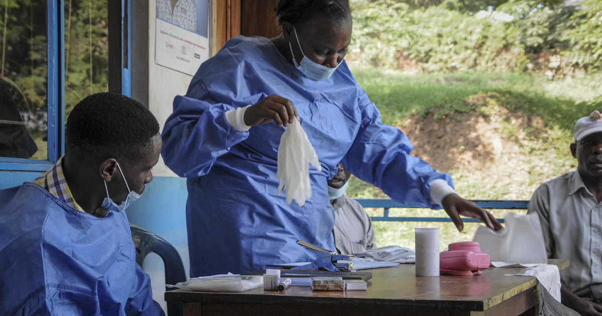 Ebola kills Congolese girl who crossed into Uganda as death toll from outbreak nears 3,000