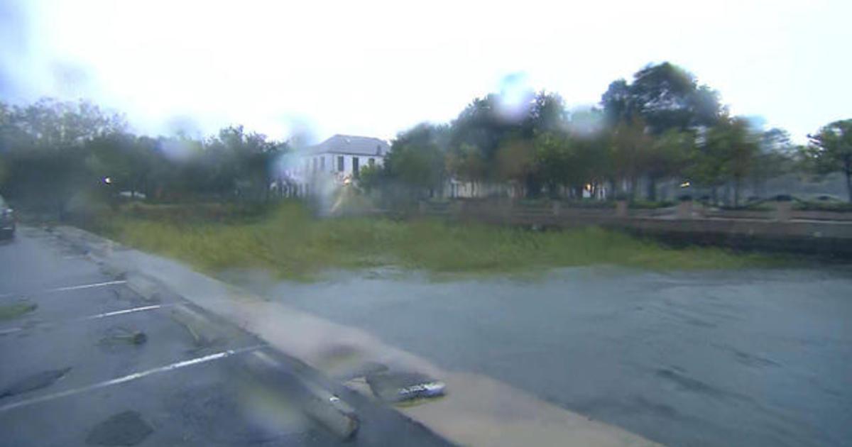 Charleston, South Carolina, getting battered by Hurricane Dorian