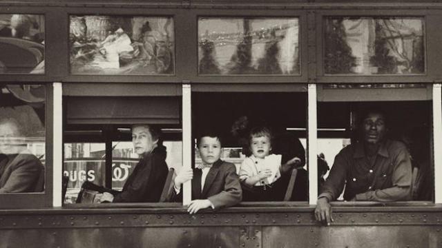 robert-frank-the-americans-trolley-new-orleans-1955-nga-promo-660.jpg